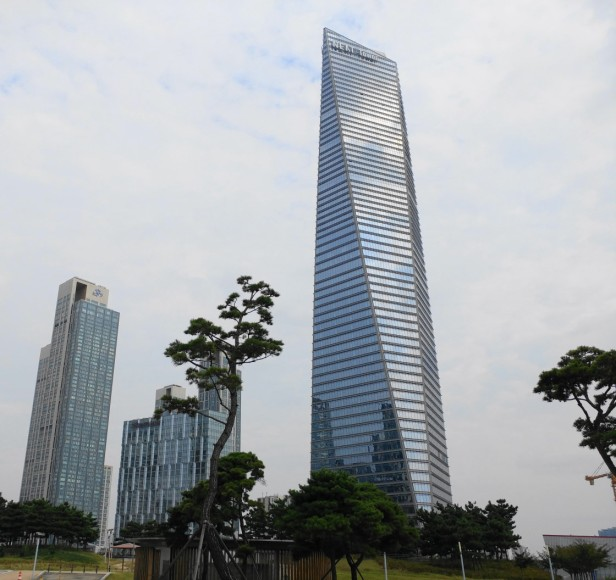 northeast-asia-trade-tower-songdo-1