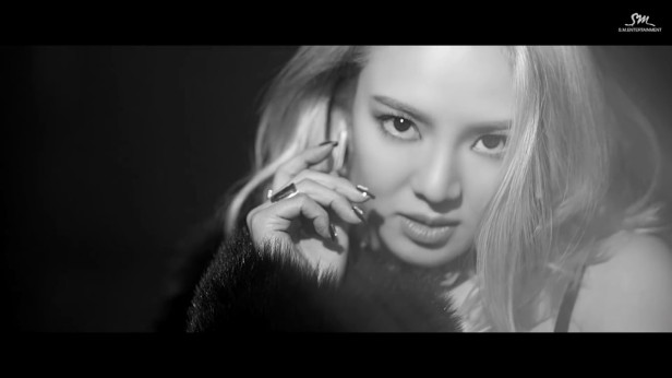 hyoyeon-mystery-kpop-2016-1