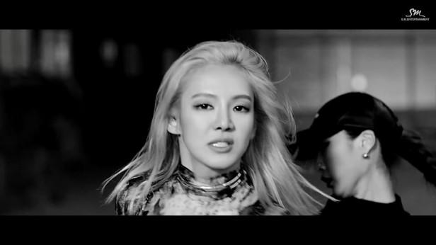 hyoyeon-mystery-kpop-2016-4
