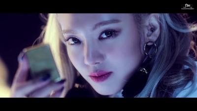 hyoyeon-mystery-kpop-2016-7