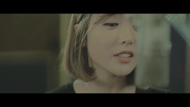 hong-jin-young-love-me-love-me-not-trot-2