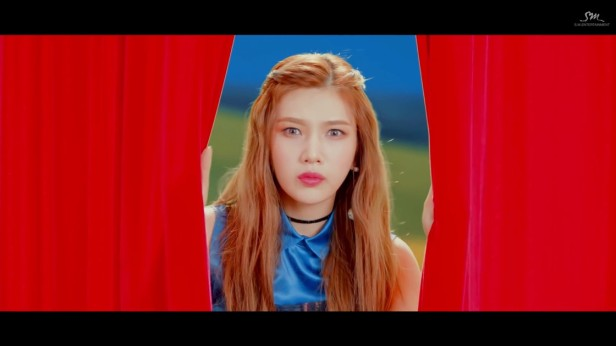 red-velvet-rookie-kpop-2017-6