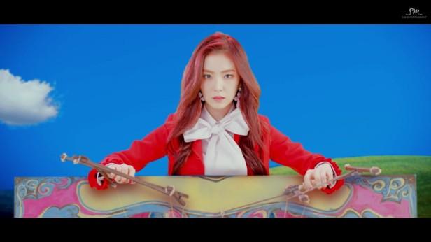 red-velvet-rookie-kpop-2017-7