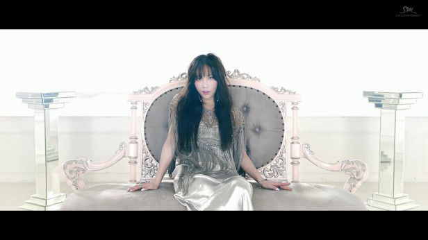 taeyeon-i-got-love-2017-kpop-smtown-1