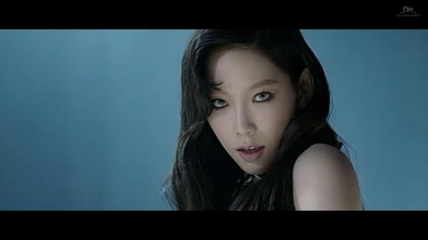 taeyeon-i-got-love-2017-kpop-smtown-4